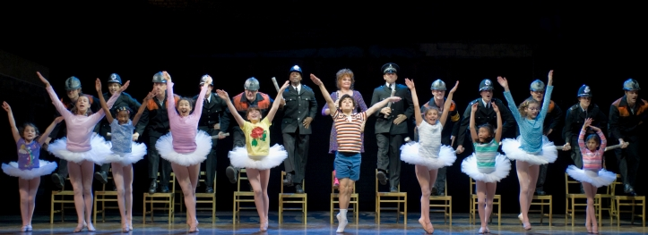 billy-elliot-solidarity-photo-by-michael-brosilow