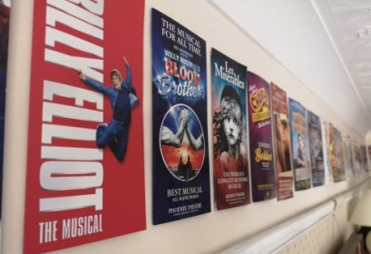 Flyers on the Wall (https://www.instagram.com/p/BnotpdAHhH9/?taken-by=onewomanwestendshow)