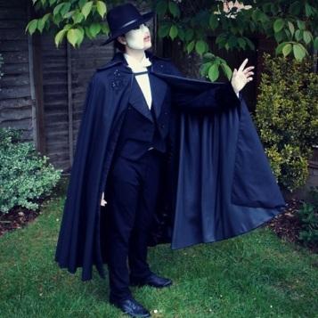 @phantomtea_cosplay as the Phantom from The Phantom of the Opera